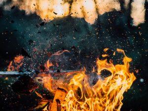 Bild von Explosion im Minenfeld Sprechstunde